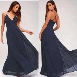 NWOT Lulu's navy maxi dress size medium